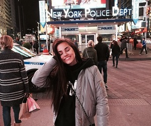 girl, new york, and maggie lindemann image