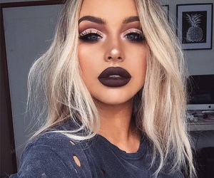 blonde, perfect look, and lips image