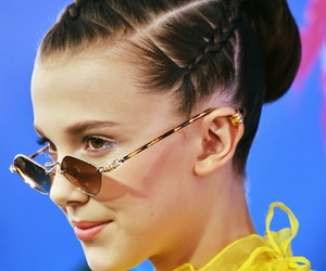 eleven, girl, and teen choice awards image