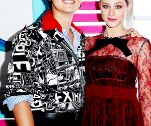 cole sprouse and lili reinhart image
