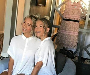 twins, germany, and lisaandlena image