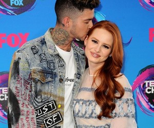 travis mills and madelaine petsch image