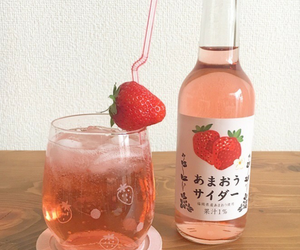 strawberry, aesthetic, and drink image