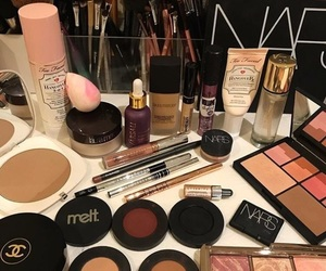 chanel, hourglass, and melt image