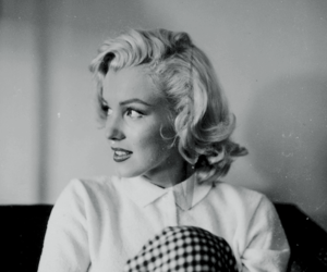 Marilyn Monroe and beauty image