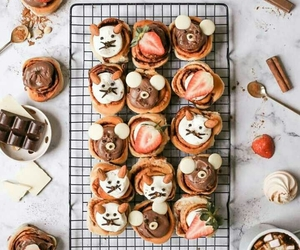 cupcakes, food, and marshmallows image