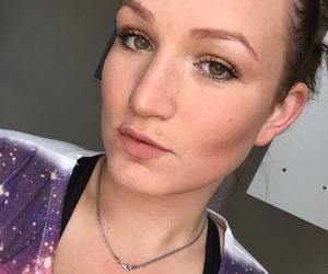girl, feelingmyslef, and makeup image