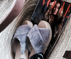 shoes and vogue image