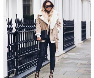 outfit, winter style, and coat image