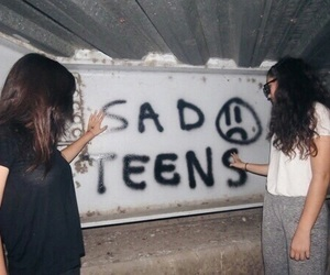 girls, sad, and grunge image