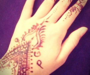 amazing, fashion, and henna image