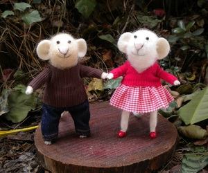 couple, mike, and mouse image
