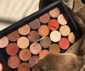 eyeshadow, mac, and palette image
