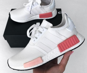 adidas, nmd, and loveitsomuchhh image