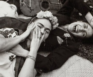 Frida, frida kahlo, and black and white image