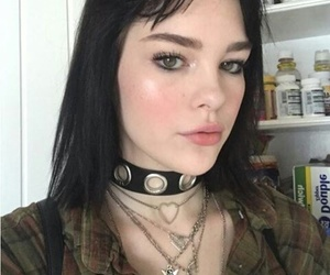 choker and girl image