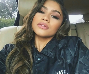 zendaya and makeup image