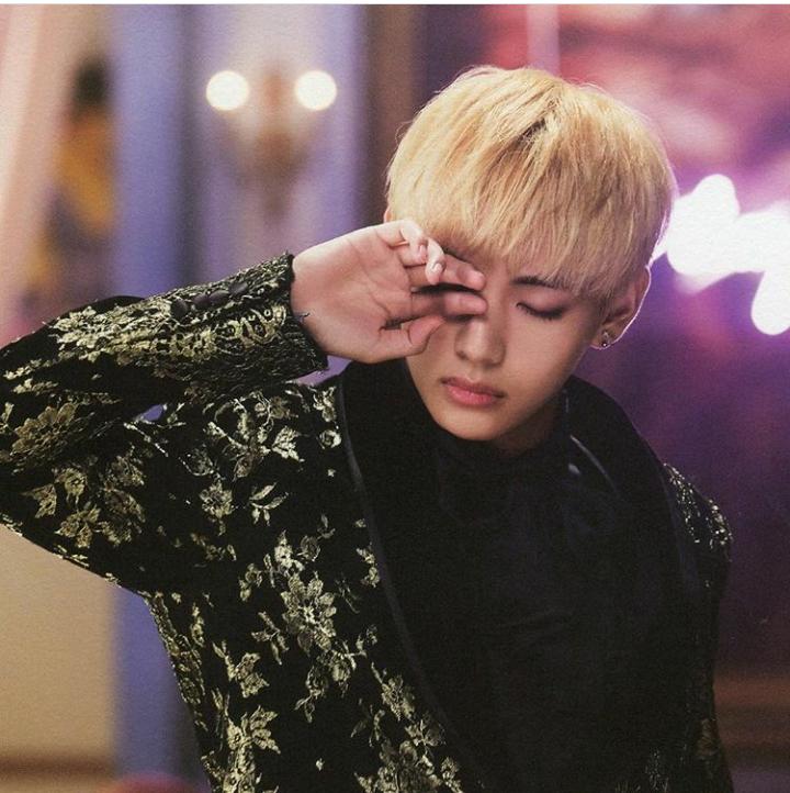 Taehyung V Tae Bts Blood Sweat Tears