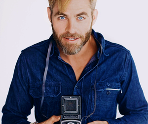 chris pine and handsome image