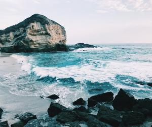 aesthetic, ocean, and rocks image