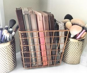 makeup, Brushes, and urban decay image