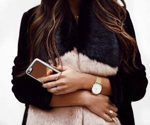 black, chic, and furry image