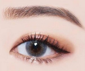 brown, contact lense, and eyebrows image