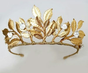 beautiful, crown, and gold image