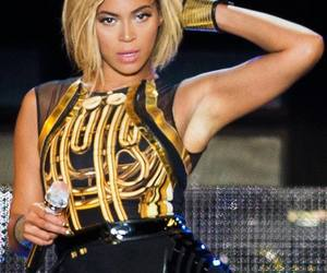 2013, v festival, and queen bey image