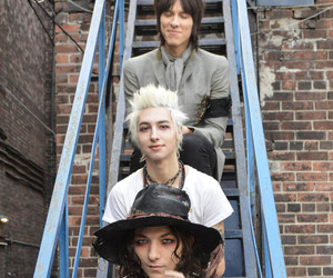band, remington leith, and emerson barrett image