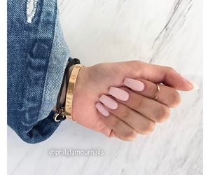 de, fashion, and nails image