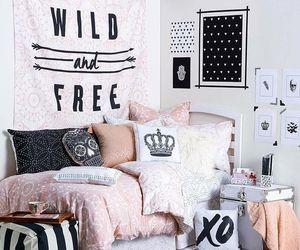 bedroom, decorated, and quarto image