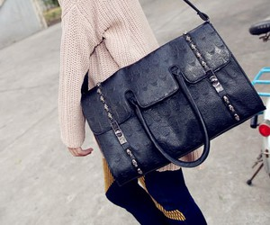 bag, handbag, and shoulder bag image