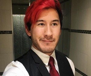 markiplier and youtuber image