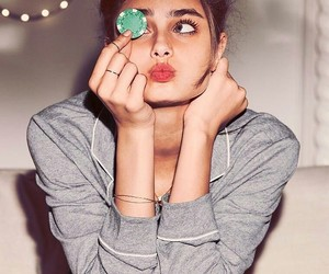 taylor hill, model, and angel image