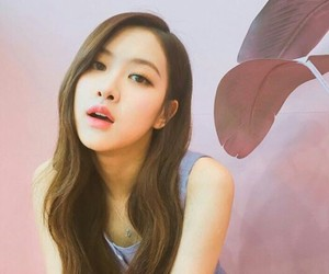 korea, korean girls, and rose image