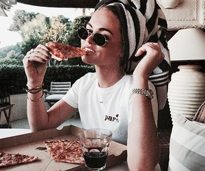 girl, pizza, and fashion image
