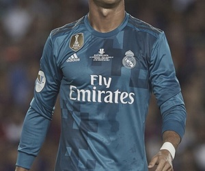 real madrid and cr7 image