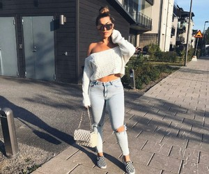 blogger, fashion, and ripped jeans image