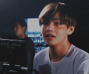 bts, v, and icon image