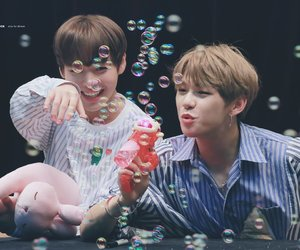 wanna one, kpop, and nielwink image