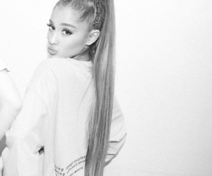 ariana grande, dwt, and beauty image