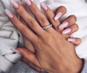 aesthetic, nails, and pink image