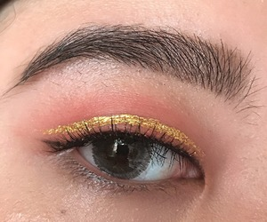 asian, eye, and glitter image