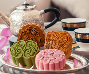 bento box, meals, and mooncakes image