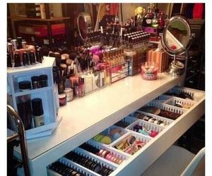 beauty, bedroom, and dresser image