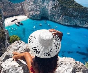 france, hat, and la vie est belle image