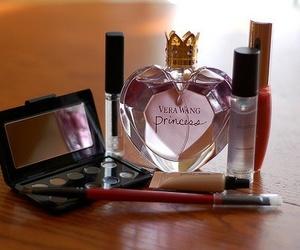 parfum and kosmetik image