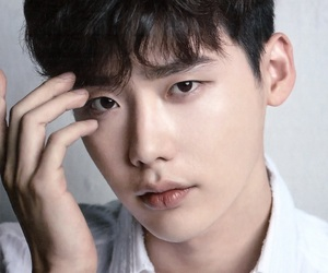 korea, kdrama, and lee jong suk image