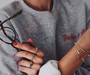 accesories, glasses, and nails image